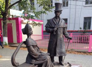 Новенькие «Пушкин» и «Гончарова» приветливо ожидают фото с жителями Ростовской области