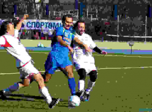 В Ростове звезды и политики разошлись миром в футбольном матче