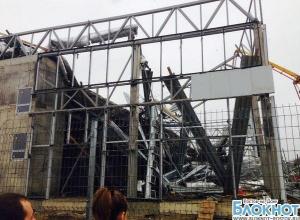 Первое видео с места обрушения ростовского автосалона «Дон Моторс»