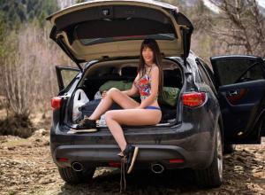 «Горячим снимком» из багажника джипа звезда Playboy из Ростова озадачила влюбленных поклонников