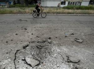 Три боеприпаса разорвались на территории  Ростовской области, прилетев с Украины