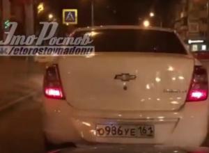 Эротично подпрыгивающая иномарка рассмешила автомобилистов в Ростове и попала на видео