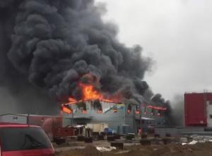 Открытое горение на рынке «Атлант-сити» под Ростовом ликвидировано