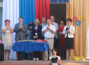 Донские олимпийцы поздравляют школьников с Днем знаний