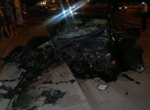 В Волгодонске иномарка врезалась в столб: погиб 28-летний водитель