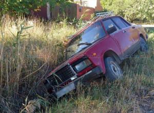 В Ростовской области водитель угодил в канаву и сбежал с места ДТП