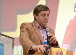 Олег Пахолков: Англо-саксонский мир как не любил нас, русских, так и не будет любить