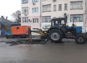 В недельную осаду без воды попали жильцы дома в центре Ростова из-за пробок на дорогах