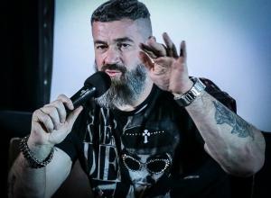 Известный актер Сергей Бадюк в Ростове заявил о художнике, который «взорвет» Россию