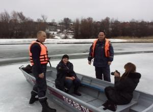В Ростовской области 16-летняя школьница провалилась под лед во время фотосессии