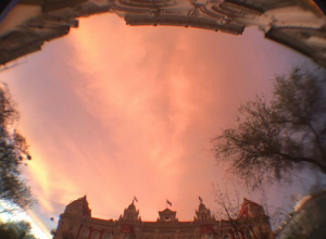 Потрясающее «ванильное небо» над Ростовом сняли на видео восхищенные горожане