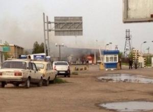 В поселке Изварино на границе Ростовской области и Украины идет бой