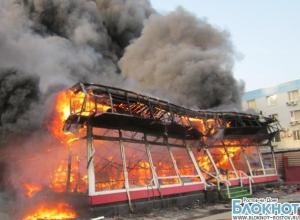 В Новочеркасске сгорело кафе «Кукуруза»