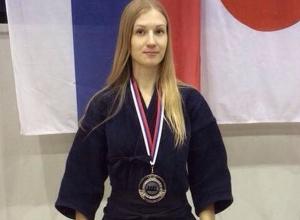 Ростовчанка завоевала серебро на международном турнире по кендо в Сербии