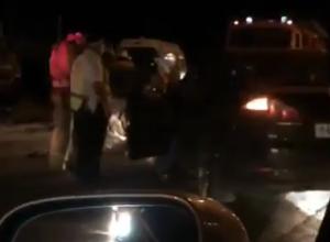 Ночное ДТП с вылетом на встречку отправило в больницу водителя и попало на видео в Ростове