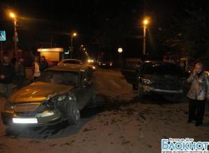 В Ростове водитель «Лексуса» спровоцировал ДТП
