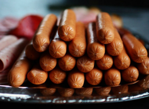 Покупателей колбасы и сарделек нагло обманывали в Ростове