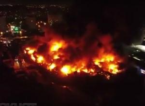 Два безалаберных сварщика сожгли больше 500 торговых палаток на рынке «Темерник» в Ростове