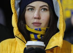 Эмоции горячих болельщиц на стадионе в фееричной битве «Ростова» и «Спарты» попали на фото