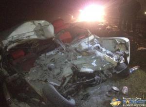 Фото с места ДТП в Ростовской области, в котором погибли четверо несовершеннолетних