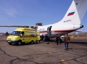 Самолет МЧС доставит в Петербург двух тяжелобольных младенцев из Ростова