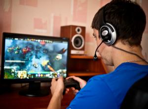 Ростовчанки все чаще жалуются на зависимость мужей от компьютерных игр