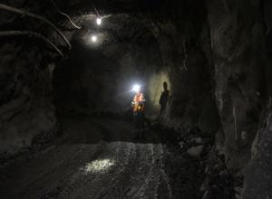 «Директор приказал отвезти тело мертвого работника домой, чтобы скрыть ЧП», - очевидец завала на шахте