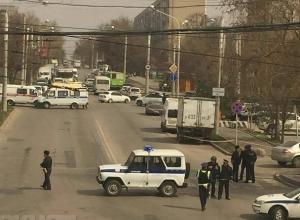 Полицейские проверили несколько районов Ростова на наличие самодельных взрывчатых устройств