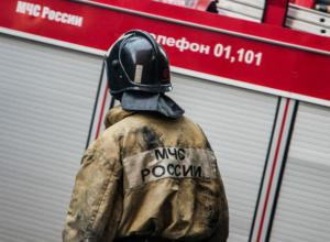Грузовик сгорел дотла в Ростовской области из-за короткого замыкания
