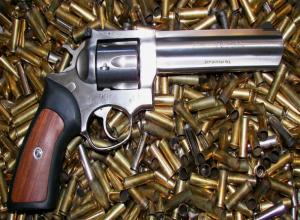 Ростовчанина будут судить за контрабанду оружия