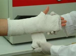 Пассажиру ростовской маршрутки дверью отрубило палец