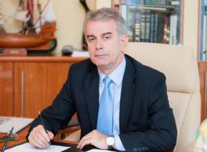 Ректора Южного Университета Ростова поздравляют с 60-летним юбилеем друзья, родные и коллеги