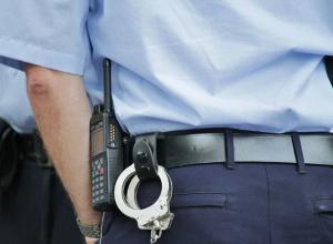 Носила героин в кармане джинсов: ростовчанку задержали за хранение наркотиков