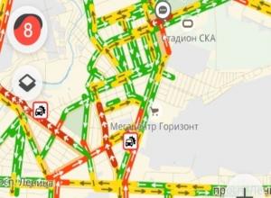 Вечерний Ростов погряз в 8-бальных пробках