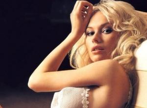 Сексапильная актриса Елена Корикова призналась, что поймала «звездную болезнь» в Ростове
