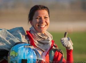 Ростовчанка побила мировой рекорд по парашютному спорту на соревнованиях в Калифорнии. Видео