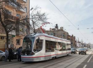 Разделить трамваи и автомобили на Горького предложили в Ростове