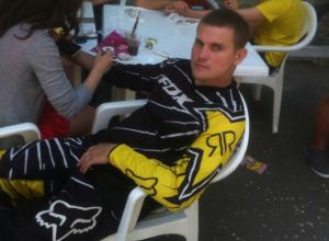 Известный мотогонщик мучительно погиб под колесами поезда под Ростовом