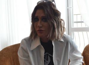 Певица Линда призналась в близких отношениях с участником «Битвы экстрасенсов» из Ростова