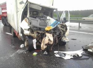 На трассе М-4 «Дон» «ГАЗель» протаранила трактор: один человек погиб