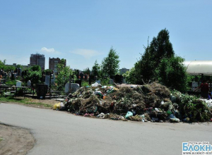 Ростовское Северное кладбище превращается в свалку