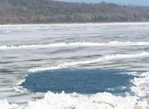 В Ростовской области 8-летний ребенок утонул, провалившись под лед
