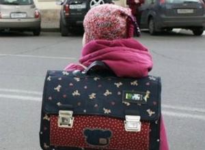 Две восьмилетние девочки впали в кому после скоростного наезда кроссовера в Ростовской области
