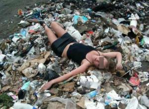 После отказа заняться сексом на лавочке молодая жительница Ростова оказалась в мусорном баке