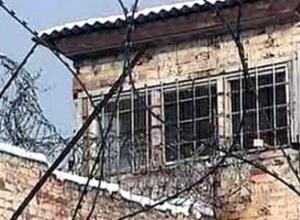 Избившего свою жену и два дня наблюдавшего, как она умирает, мужчину осудили в Ростовской области на 9 лет
