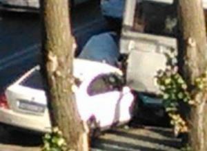 Авария с пострадавшими произошла в западном микрорайоне Ростова
