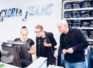 Таинственные бизнесмены из Новосибирска решили обанкротить ростовскую «Глорию Джинс»
