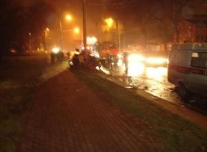 В Ростове водитель «Киа» врезался в электроопору: 1 погиб, 1 ранен