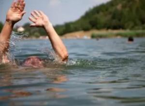 Мужчина утонул на глазах у шокированной жены во время купания в заливе под Ростовом