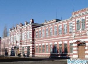 В Азове число отравившихся детей из школы № 1 выросло до 26 человек